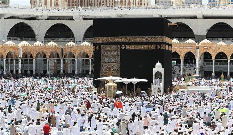 السديس في خطبة الجمعة من المسجد الحرام : أعظمَ مَنْ عَبَدَ الله وعَظَّمَهُ هو رسول الله صلى الله عليه وسلم
