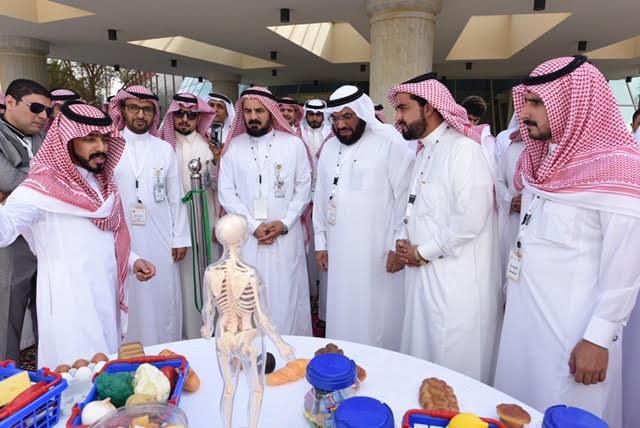 صحة عسير تدشن أول عيادة تغذية متنقلة  في المملكة