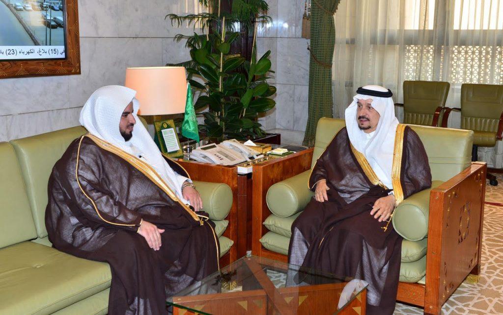 أمير منطقة الرياض و نائبه يستقبلان رئيس المحكمة التجارية
