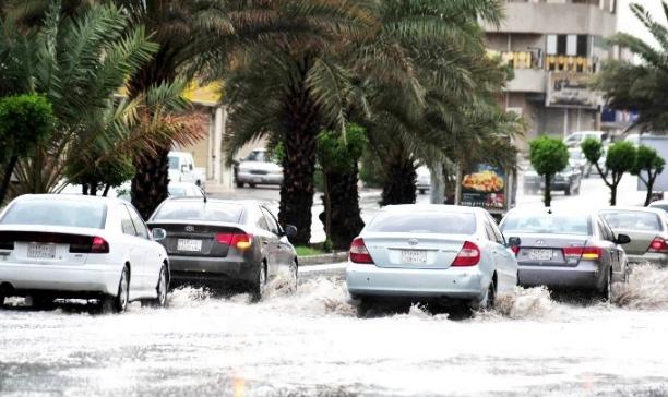 حالة الطقس: هطول أمطار بالرياض والقصيم والشرقية