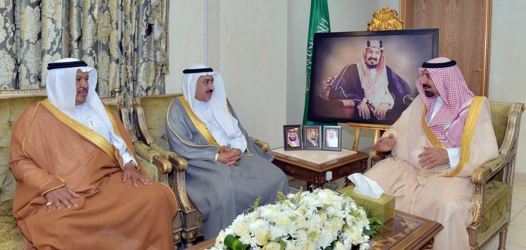 أمير نجران يكرم الشفق ويبارك تكليف عيبان لتسيير أعمال الأمانة
