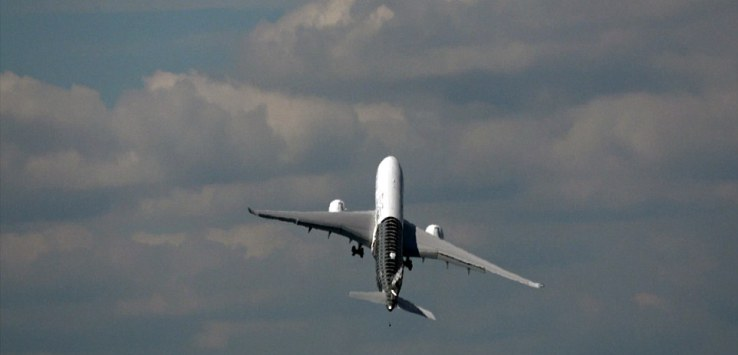 """شاهد.. إقلاع عمودي أسطوري لطائرة إيرباص """"A350"""""""