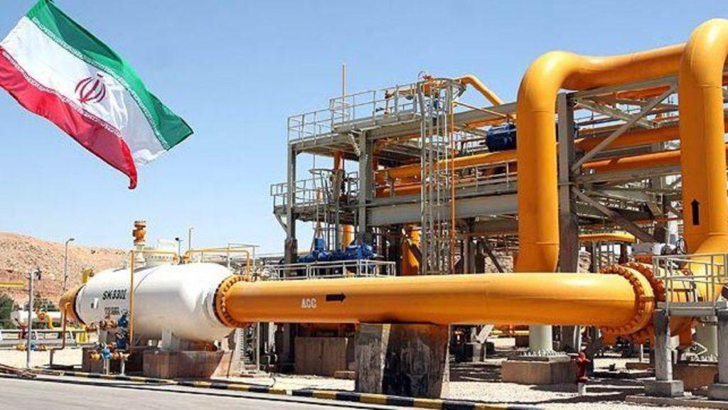 شركات الطاقة العالمية تبدأ بالانسحاب التدريجي من إيران
