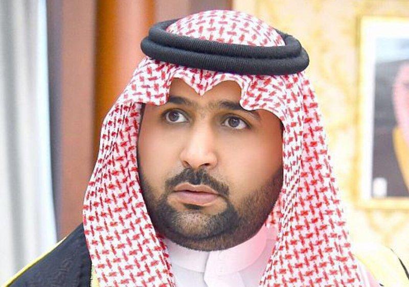 نائب أمير منطقة جازان ينقل تعازي القيادة لوالد وذوي الشهيد شراحيلي