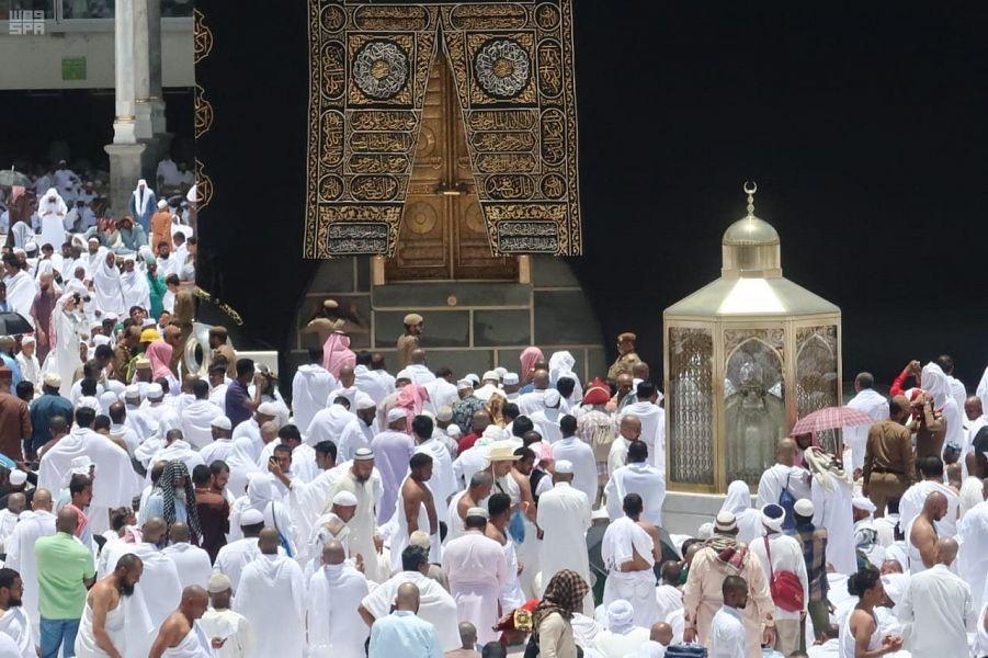 صلاة أول جمعة من شهر رمضان المبارك بالمسجد الحرام