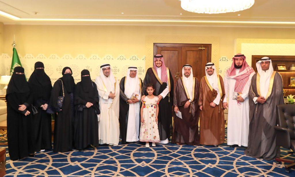 """الأمير أحمد بن فهد يدشن وقّف """" أمي """" بجمعية ود الخيرية بالخبر"""