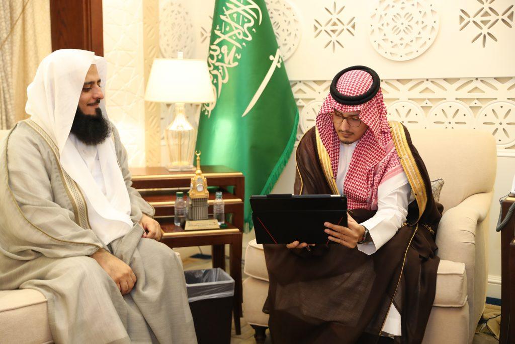 الأمير أحمد بن فهد يدشن حملة تزويج 500 شاب بالأحساء