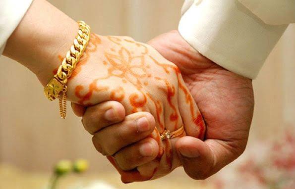 """نصوص """"غير مناسبة"""" توقف حقيبة تدريبية للمقبلين على الزواج !"""