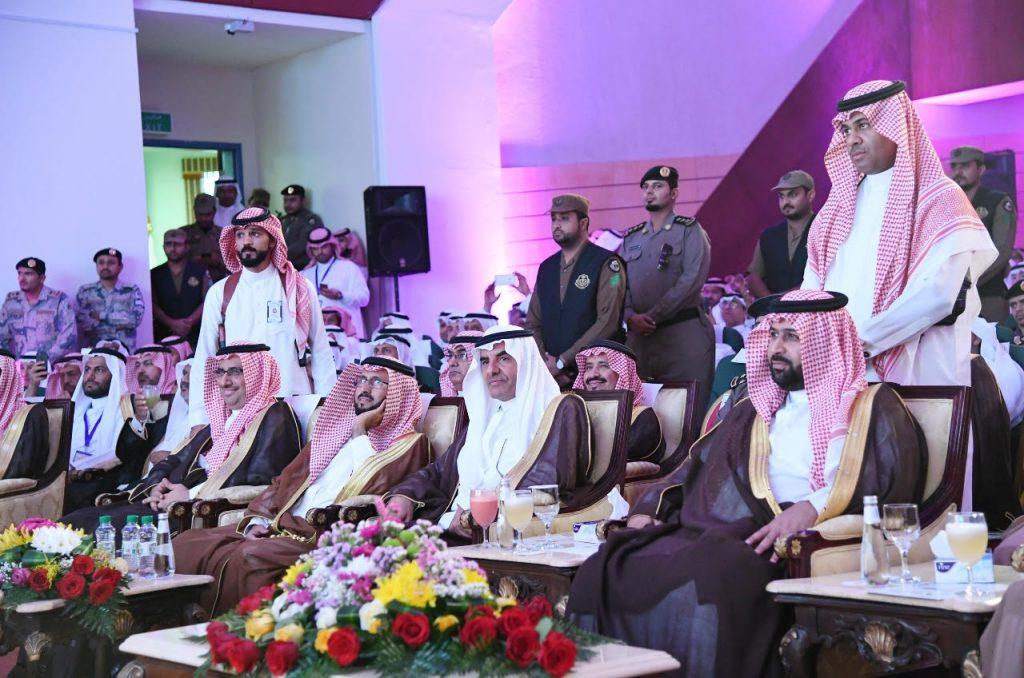 نائب أمير منطقة جازان يكريم العاملين والداعمين للعمل التعليمي في الحد الجنوبي