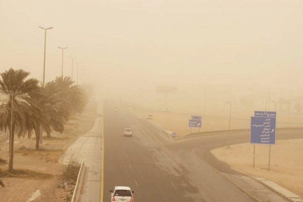 طقس اليوم: رياح مثيرة للغبار على مناطق وسط وغرب وجنوب المملكة