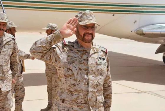 رئيس هيئة الاركان العامة ينقل تهاني القيادة للقوات البرية وحرس الحدود في الحدود الشمالية