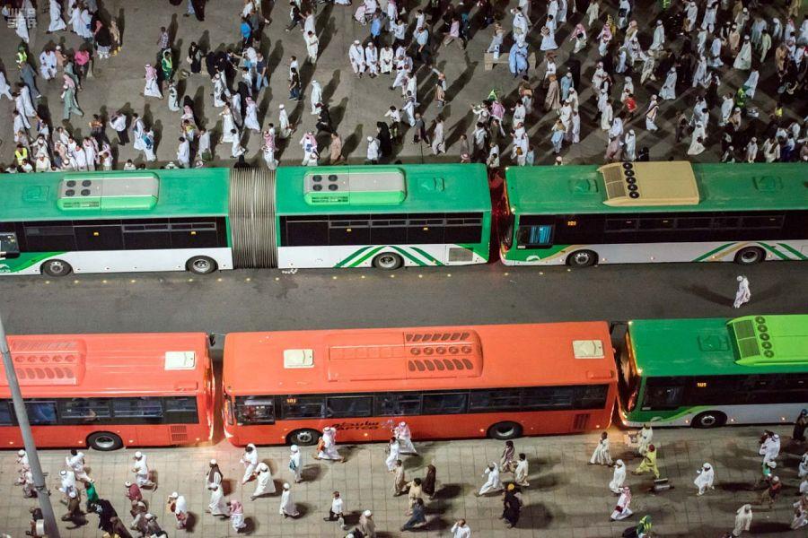 تفويج أكثر من 62 ألف مستفيد من خدمات النقل الترددي ليلة أمس بالمسجد النبوي