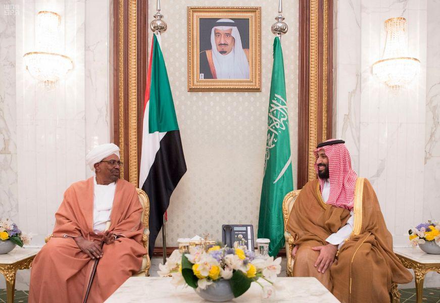 ولي العهد يلتقي الرئيس السوداني