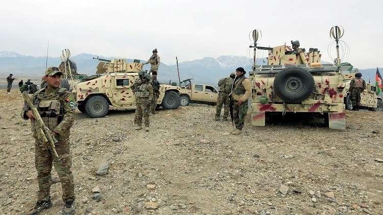 مقتل 20 جنديا في هجوم لطالبان على نقاط أمنية بأفغانستان