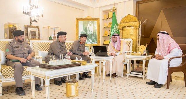 أمير القصيم يستقبل مدير إدارة المرور لعرض استعداداتهم لقيادة المرأة