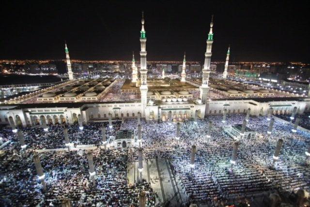 الجهات الحكومية تكثّف استعداداتها لليلة ختم القرآن بالمسجد النبوي غداً