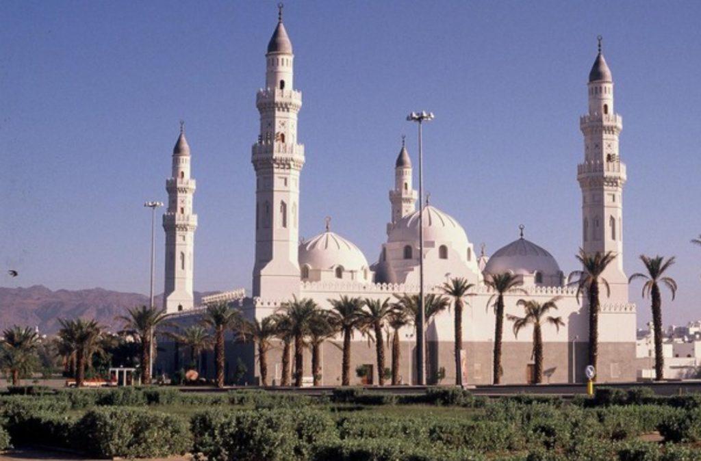 تجهيز وتهيئة 530جامعا ومصلى  للعيد بالمدينة المنورة
