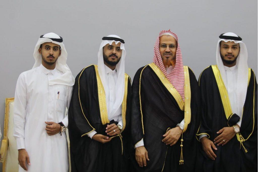 """أسرة الزميل الزائري .. تحتفي بالعريسان """" موسى و عبدالله""""بجازان"""
