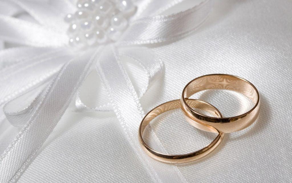"""""""الزواج الجماعي"""" بجبة.. 10 سنوات من الأعراس بأقل التكاليف"""
