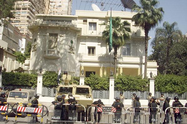 سفارة المملكة بالقاهرة توجه تنبيهًا هامًا للمواطنين القادمين إلى مصر