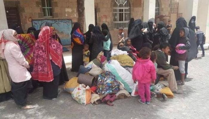 الحوثيون يختطفون نازحي الحديدة بتهمة الخيانة
