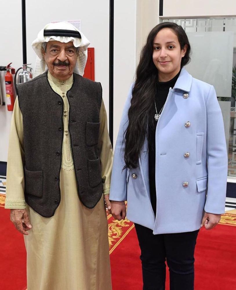 الشيخة عائشة بنت راشد.. أول بحرينية تقود طائرة مقاتلة في تاريخ بلادها