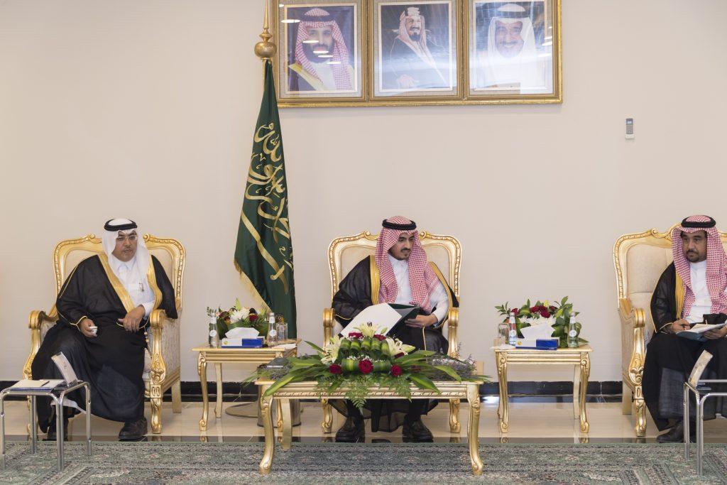 أمير الجوف يترأس اجتماع لمحلي وبلدي طبرجل ويؤكد أهمية دورهما
