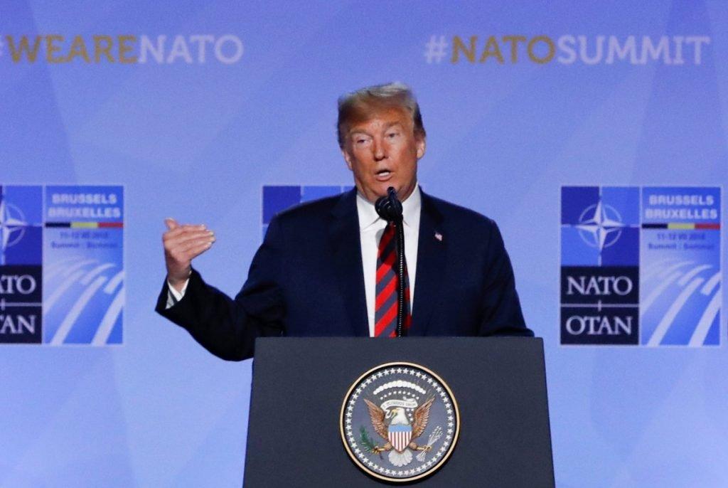 ترمب لزعماء الناتو : لن أكون راضياً إن لم تزيدوا إنفاقكم