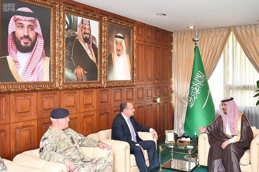 وزير الحرس الوطني يستقبل السفير البريطاني لدى المملكة