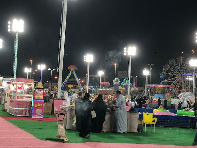 مهرجان بلجرشي يجذب آلاف الزائرين