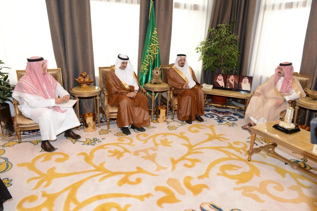 الأمير فيصل بن خالد يشهد توقيع اتفاقية تعاون وشراكة بين إمارة عسير وجامعة الملك خالد