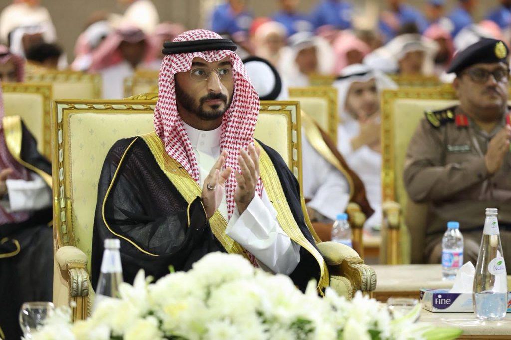 """نائب أمير مكة يرعى حفل تخريج الدفعة """"١٥"""" من طلاب المعهد العالي السعودي الياباني للسيارات"""