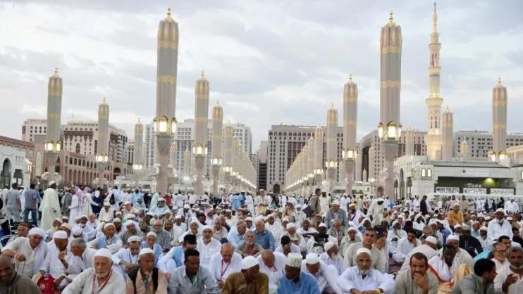 مدينة النبي تحتضن 131 ألف حاج والإشغال الفندقي ينخفض إلى 37٪