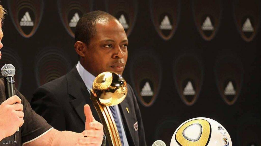 """الفيفا يوقف أفضل لاعب أفريقي سابقا بسبب عطايا القطري """"بن همّام"""""""