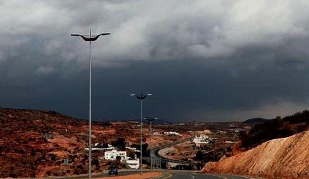 حالة الطقس: هطول أمطار في مكة وجازان والباحة