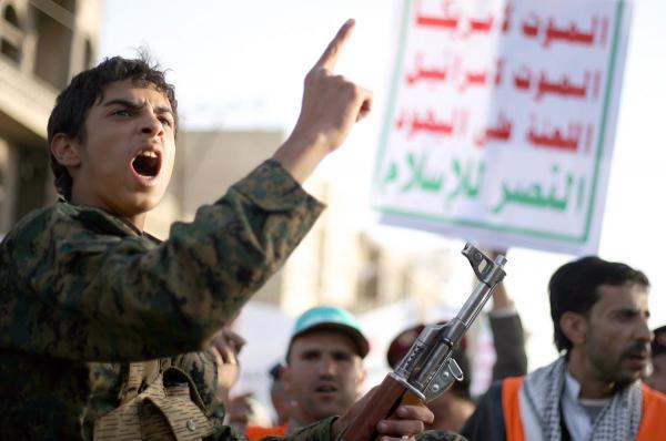 فيديو مروع يوثق جرائم الحوثيين بحق الأسرى.. والأمم المتحدة تغض طرفها عن الحدث