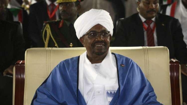 رسميا.. الحزب الحاكم في السودان يعتمد ترشيح البشير لرئاسة البلاد في 2020
