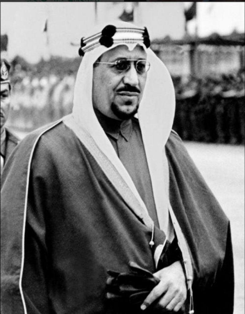 شاهد..كيف تصدى الملك سعود لأطماع عبدالكريم قاسم بضم الكويت للعراق عام ١٩٦١