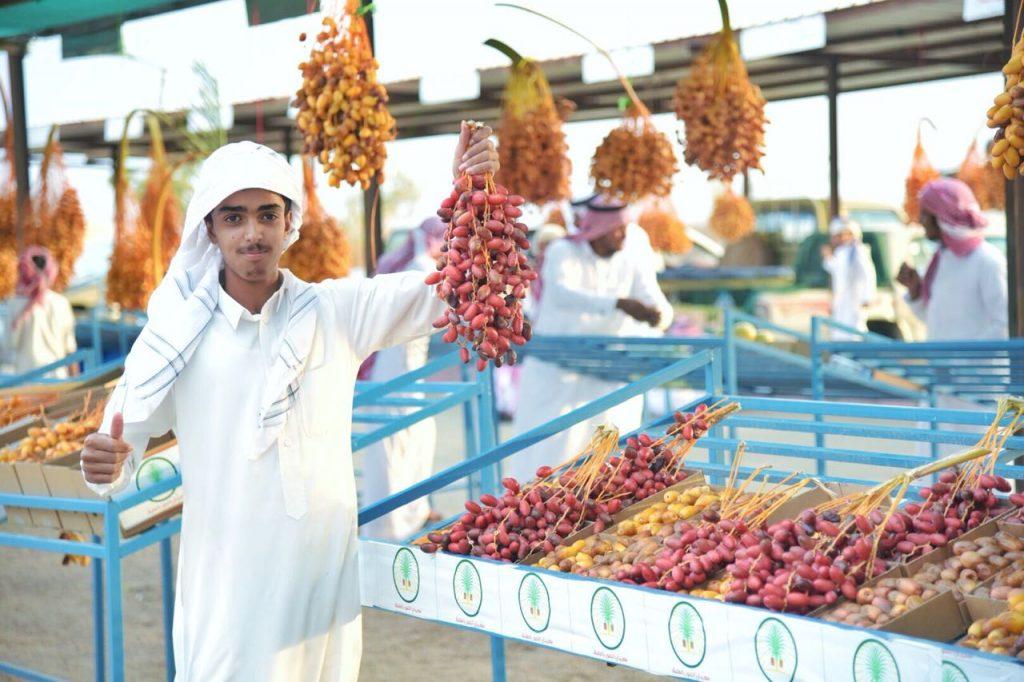 بمشاركة 112 مزارع.. بدء مهرجان التمور الثاني بمحافظة العقيق