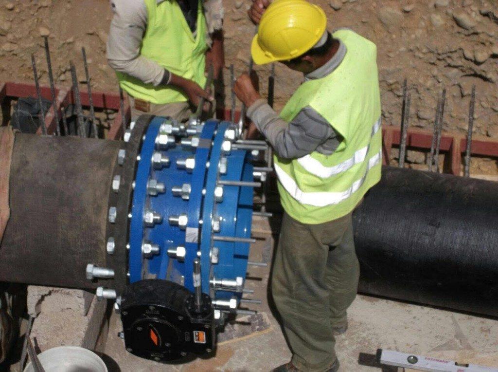 مياه جازان : إيقاف ضخ المياه عن أحياء السويس والصفا بمدينة جيزان لمدة ثلاثة أيام لتركيب شبكات جديدة