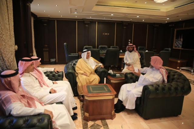 فضيلة الشيخ المزيني يلتقي بالرئيس التنفيذي للهيئة الملكية بينبع وجازان