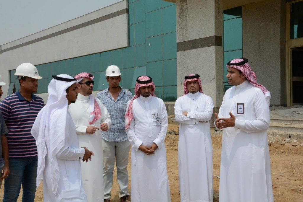 فريق من وزارة الصحة يتفقد المشاريع المنفذة بجازان