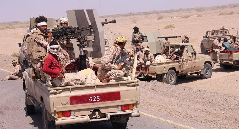 """ميليشيات """"الحوثي"""" تعترف بمقتل قياديين لها في الحديدة"""