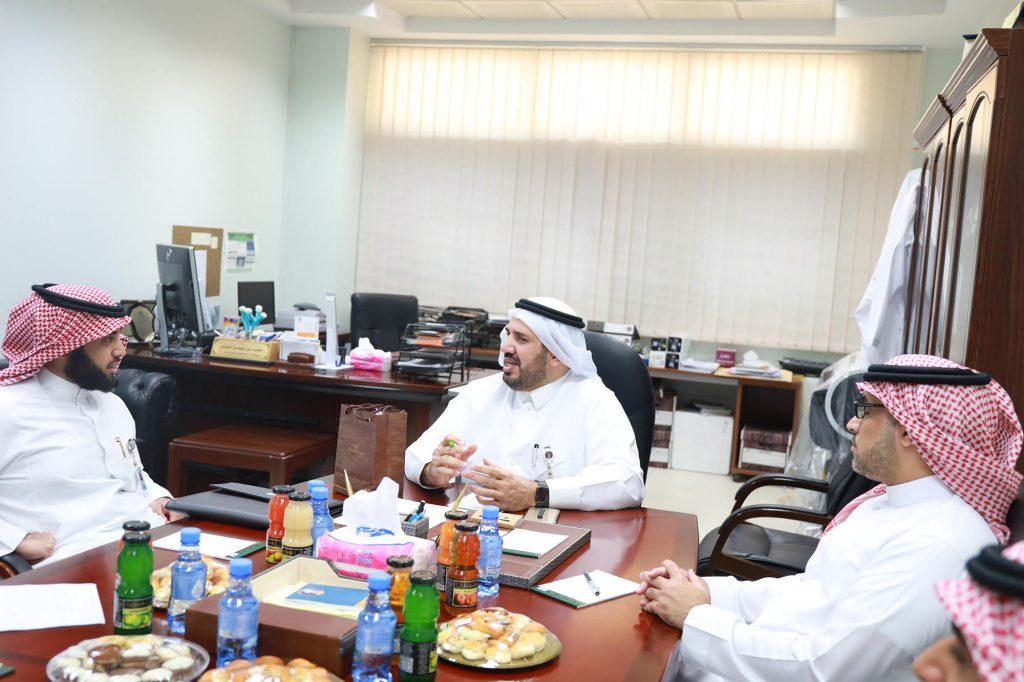 مدير مشروع الجينوم السعودي يزور وحدة التشخيص الجزيئي