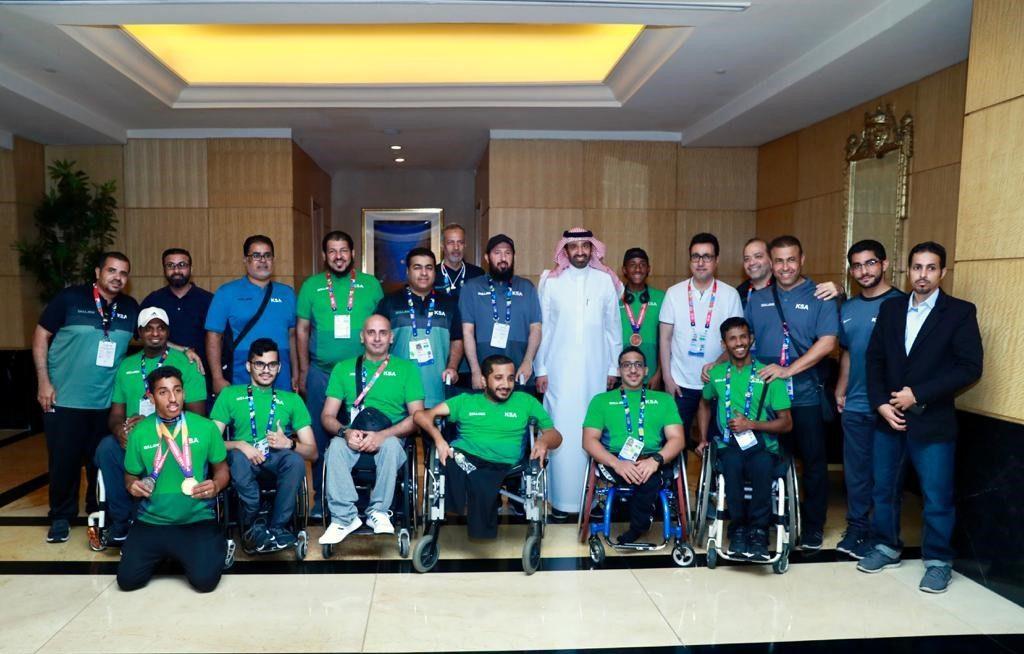 وزير العمل والتنمية الاجتماعية يزور وفد المملكة المشارك في دورة  الألعاب البارالمبية في جاكرتا