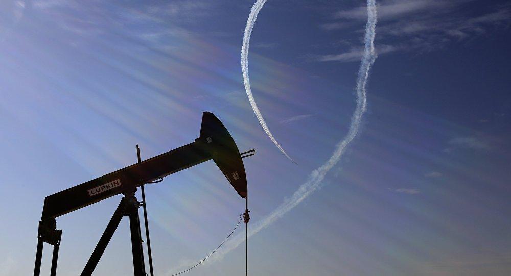 النفط يصل لأعلى مستوى له منذ 2014.. برنت يتخطى 84 دولارا للبرميل