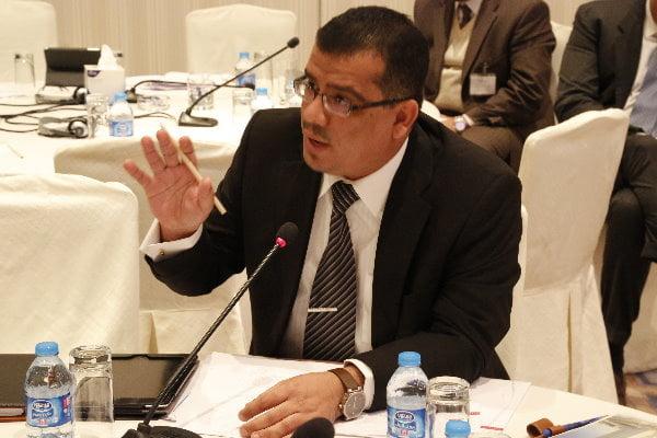 دبلوماسي يمني: ما يحدث في اليمن هو انقلاب مكتمل الأركان بدعم مباشر من إيران