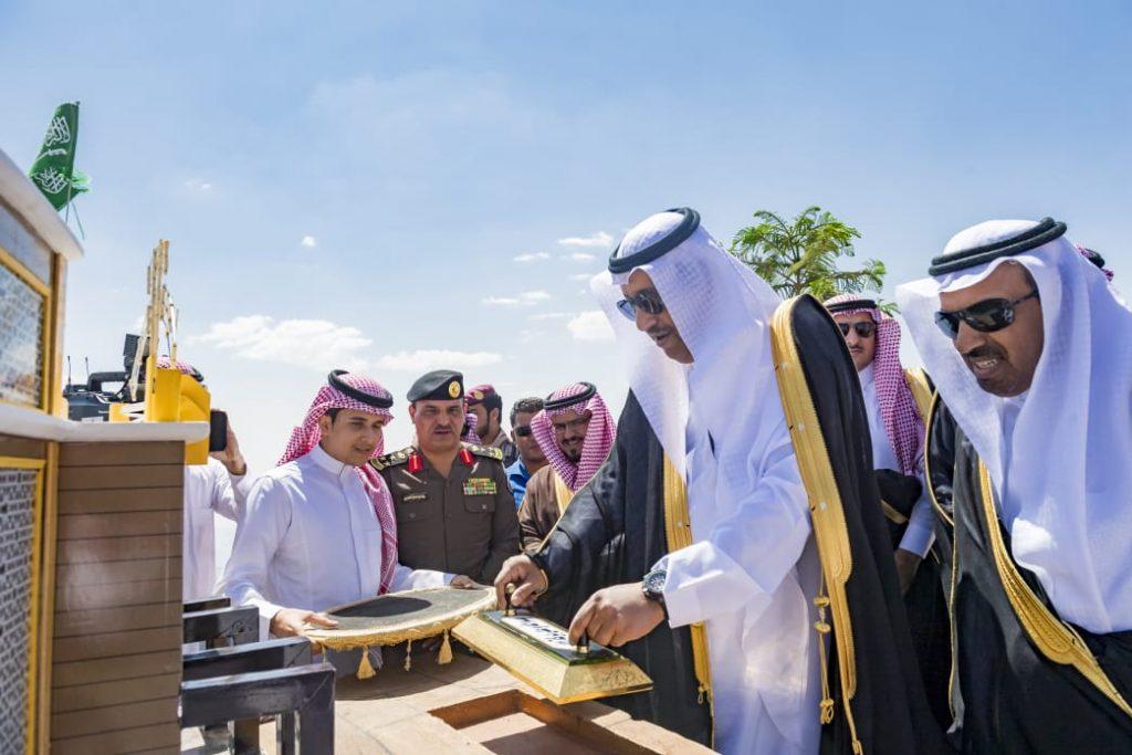 الأمير حسام بن سعود يضع حجر الأساس لمشروع منتجع ليدي كلاودز الفندقي في محافظة المندق