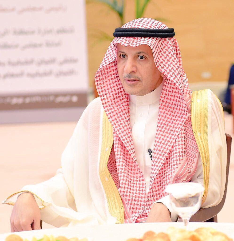 المستشار الخاص والمشرف العام على مكتب سمو أمير الرياض يشيد بمضامين حوار سمو ولي العهد