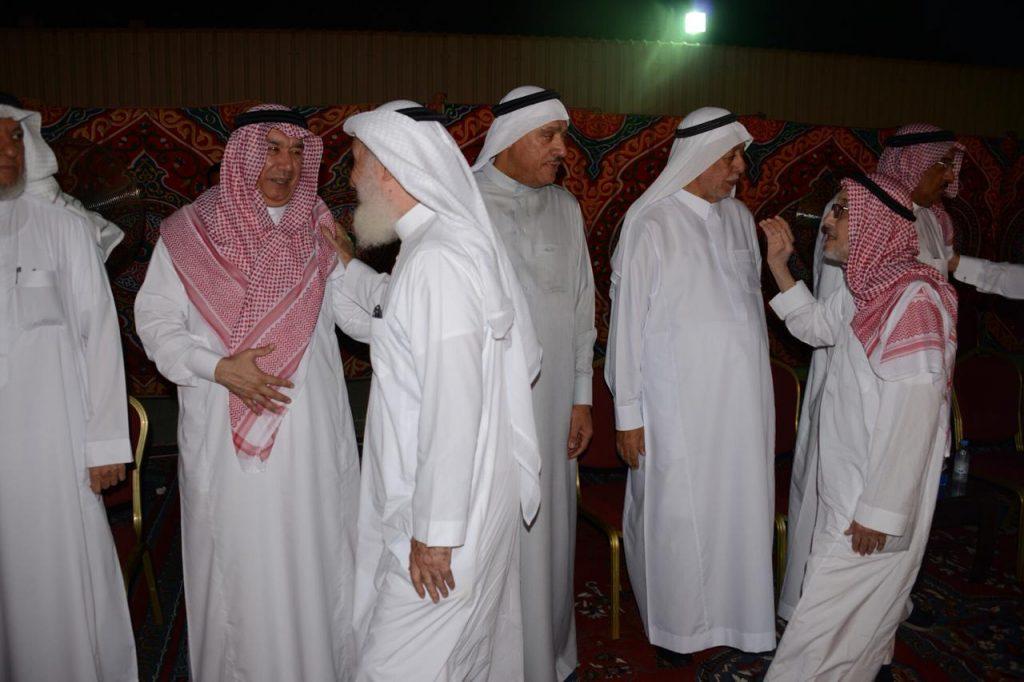 أمراء ومسؤولون يعزون أسرتي أبوداود وصعيدي